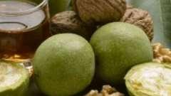 Чим корисний сік волоського горіха?