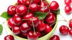 Які захворювання лікує вишня?